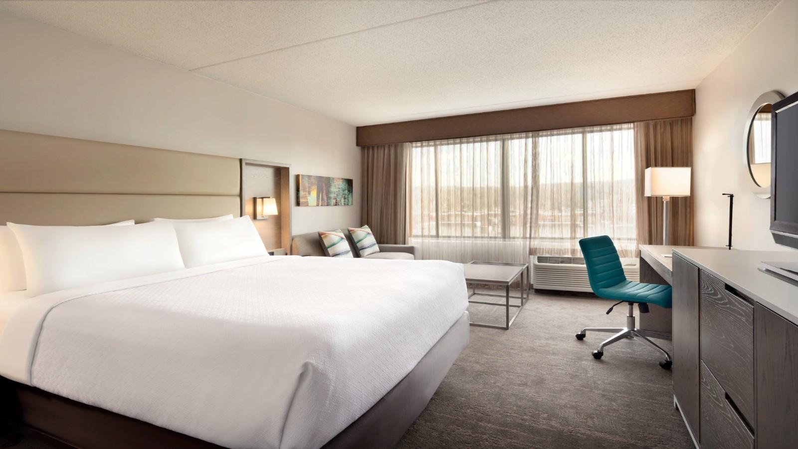 Englewood NJ Hotels | Crowne Plaza Englewood NJ Hotel