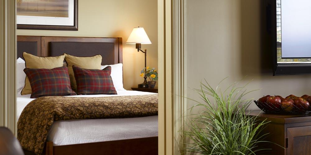 Burlington VT Hotel Guestrooms Green Mountain Suites Burlington Hotel Fascinating Burlington Bedrooms