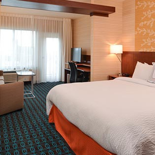 Rooms & Suites Marriott hotel Santa Cruz California
