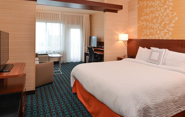 Santa Cruz California hotel rooms and suites